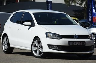 2013 Volkswagen Polo 6R MY14 77 TSI Comfortline White 6 Speed Manual Hatchback.