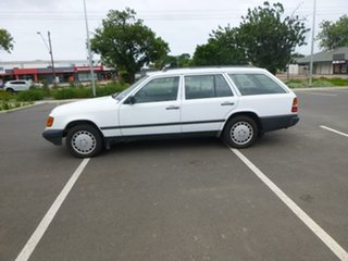 1986 Mercedes-Benz 230 W124 TE White Automatic Wagon