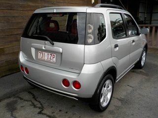 2005 Holden Cruze YG 2 Silver 5 Speed Manual Wagon.