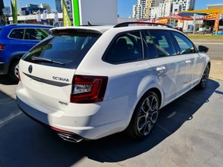 2019 Skoda Octavia NE MY20.5 RS DSG 245 Candy White 7 Speed Sports Automatic Dual Clutch Wagon