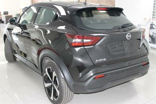 2020 Nissan Juke F16 ST-L Pearl Black 7 Speed Sports Automatic Dual Clutch Hatchback.