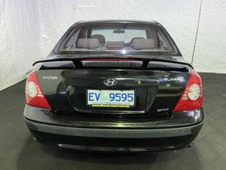 2004 Hyundai Elantra XD MY04 Black 5 Speed Manual Sedan