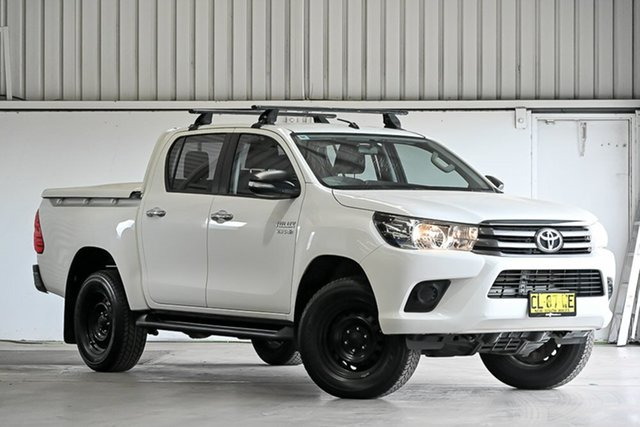 Used Toyota Hilux GUN126R SR Double Cab Laverton North, 2017 Toyota Hilux GUN126R SR Double Cab White 6 Speed Sports Automatic Cab Chassis