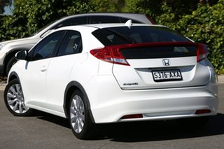 2013 Honda Civic 9th Gen MY13 DTI-S White Orchid 6 Speed Manual Hatchback.