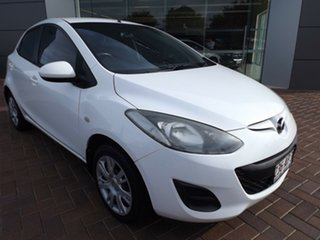 2012 Mazda 2 DE10Y2 MY12 Neo Crystal White Pearl 5 Speed Manual Hatchback.