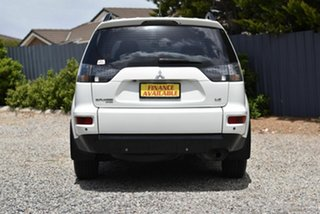 2011 Mitsubishi Outlander ZH MY11 LS 2WD White 6 Speed Constant Variable Wagon