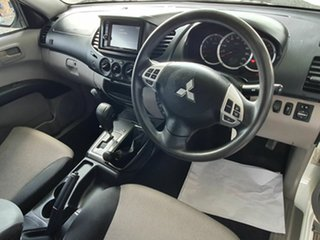 2014 Mitsubishi Triton GLX White 5 Speed Automatic Utility.