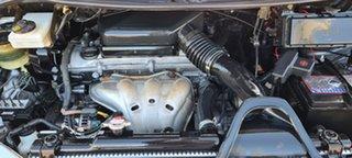 Toyota Estima ACR30 Aeras Silver 4 Speed Automatic Van.