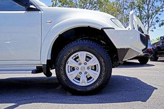 2011 Mitsubishi Triton MN MY11 GL-R Double Cab White 5 Speed Manual Utility