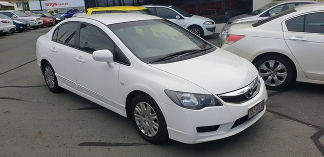 Used Honda Civic 8th Gen MY10 VTi Mount Gravatt, 2010 Honda Civic 8th Gen MY10 VTi White 5 Speed Manual Sedan