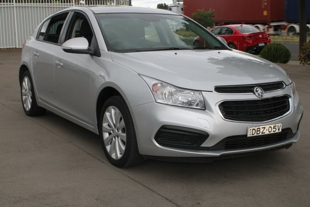 Used Holden Cruze JH MY15 Equipe West Footscray, 2016 Holden Cruze JH MY15 Equipe Silver 6 Speed Automatic Hatchback