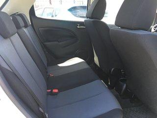 2010 Mazda 2 DE10Y1 Neo White 5 Speed Manual Hatchback