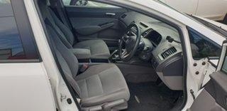 2010 Honda Civic 8th Gen MY10 VTi White 5 Speed Manual Sedan