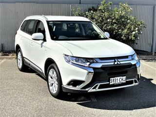 2020 Mitsubishi Outlander ZL MY20 ES 2WD White 5 Speed Manual Wagon.