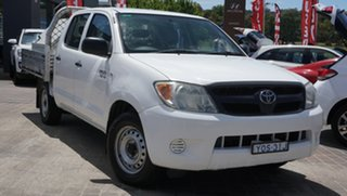 2008 Toyota Hilux GGN15R MY08 SR 4x2 White 5 Speed Manual Utility.