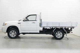 2015 ZX Auto Grand Tiger Cab Chassis 4x2 White 5 Speed Manual Traytop.