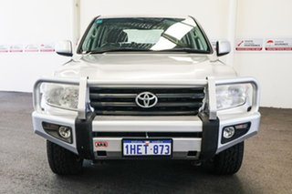 2012 Toyota Landcruiser VDJ200R MY12 Altitude (4x4) Silver Pearl 6 Speed Automatic Wagon.