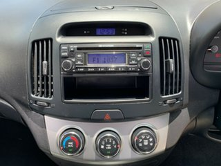 2009 Hyundai Elantra HD SX White 4 Speed Automatic Sedan