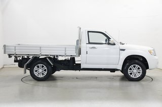 2015 ZX Auto Grand Tiger Cab Chassis 4x2 White 5 Speed Manual Traytop