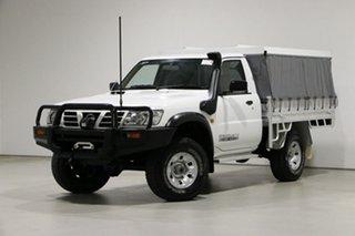 2006 Nissan Patrol GU DX (4x4) White 5 Speed Manual 4x4 Leaf Cab Chassis.