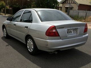 2000 Mitsubishi Lancer CE2 GLi White 4 Speed Automatic Sedan