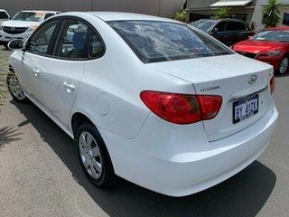 2009 Hyundai Elantra HD SX White 4 Speed Automatic Sedan.