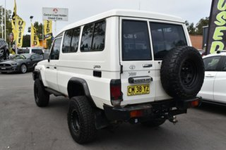 2012 Toyota Landcruiser VDJ78R MY13 Workmate Troopcarrier White 5 Speed Manual Wagon.