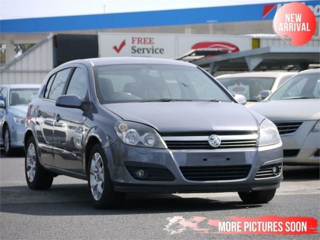 Used Holden Astra AH MY06.5 CD Cheltenham, 2006 Holden Astra AH MY06.5 CD Silver 5 Speed Manual Coupe