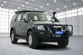 2013 Nissan Pathfinder R51 MY10 ST Black 6 Speed Manual Wagon.