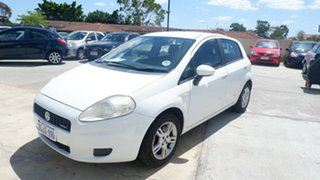 2007 Fiat Punto Dynamic DuaLogic White 6 Speed Seq Manual Auto-Clutch Hatchback.