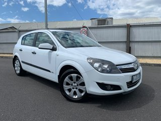 2008 Holden Astra AH MY09 CD White 4 Speed Automatic Hatchback.