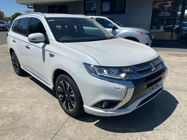 Used Mitsubishi Outlander ZK MY18 PHEV AWD Exceed Hillcrest, 2017 Mitsubishi Outlander ZK MY18 PHEV AWD Exceed White 1 Speed Automatic Wagon Hybrid