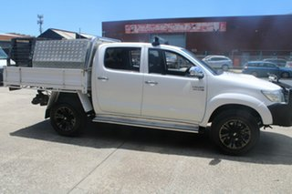 2013 Toyota Hilux KUN26R MY14 SR5 (4x4) White 5 Speed Manual Dual Cab Pick-up