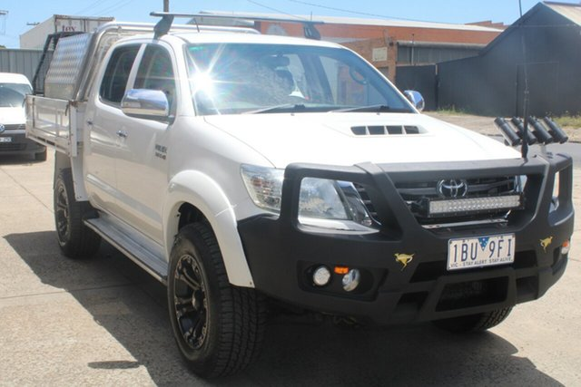 Used Toyota Hilux KUN26R MY14 SR5 (4x4) West Footscray, 2013 Toyota Hilux KUN26R MY14 SR5 (4x4) White 5 Speed Manual Dual Cab Pick-up