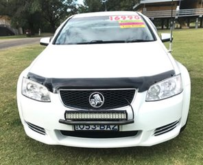 2011 Holden Ute VE II MY12 Omega White 6 Speed Sports Automatic Utility.