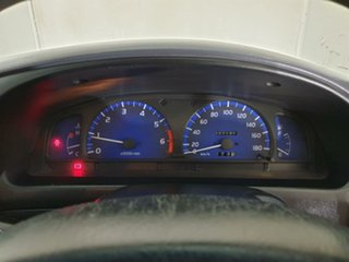 2003 Toyota Hilux RZN149R MY02 4x2 White 5 Speed Manual Utility