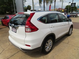 2014 Honda CR-V VTI2 White Automatic Wagon.