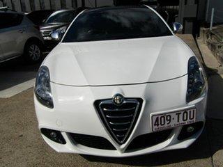 2012 Alfa Romeo Giulietta Series 0 MY12 Distinctive TCT JTD-M White 6 Speed