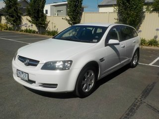 2009 Holden Commodore VE MY09.5 Omega White 4 Speed Automatic Sportswagon.