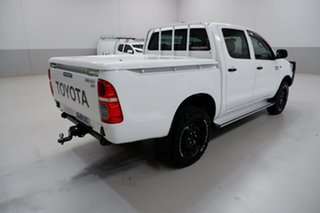 2014 Toyota Hilux KUN26R MY14 SR Double Cab White 5 Speed Manual Cab Chassis