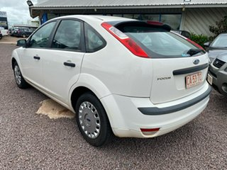 2008 Ford Focus LT CL White 5 Speed Manual Hatchback.