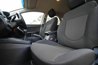 2011 Kia Cerato TD MY11 SI White 6 Speed Manual Hatchback