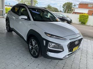 2017 Hyundai Kona Highlander White Sports Automatic Wagon.