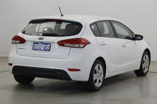 2015 Kia Cerato YD MY15 S White 6 Speed Sports Automatic Hatchback