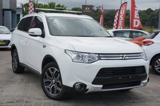 2014 Mitsubishi Outlander ZJ MY14.5 PHEV AWD White 1 Speed Automatic Wagon.