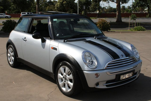 Used Mini Cooper R50 Chilli West Footscray, 2006 Mini Cooper R50 Chilli Silver 5 Speed Manual Hatchback