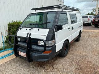 2008 Mitsubishi Express White 5 Speed Manual Van.