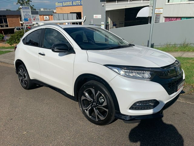 Demo Honda HR-V MY21 RS Hornsby, 2020 Honda HR-V MY21 RS Platinum White 1 Speed Constant Variable Hatchback
