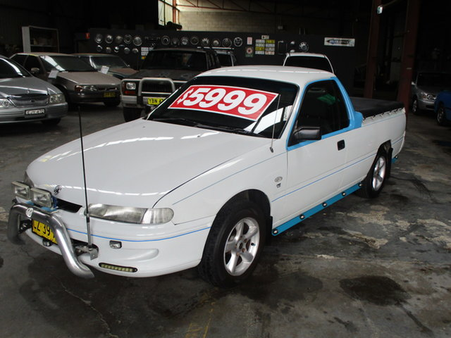 Used Holden Commodore VSIII Coffs Harbour, 2000 Holden Commodore VSIII White 4 Speed Automatic Utility