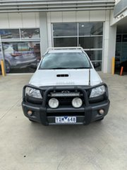 2008 Toyota Hilux KUN26R MY08 SR White 5 Speed Manual Cab Chassis.